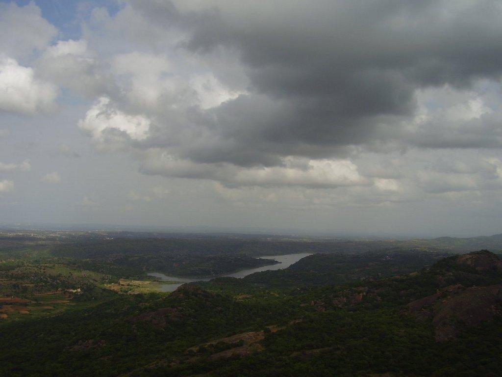 Manchanabele Dam atop Savandurga