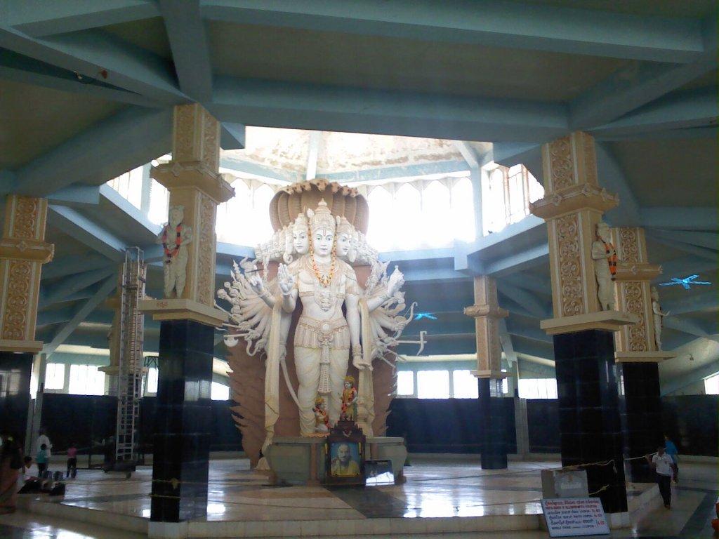 Lord Vishnu with all 10 incarnations