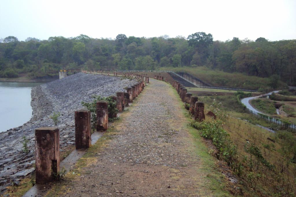 KushalNagar Chiklihole Dam Path